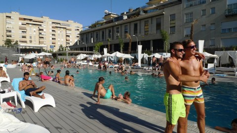 Magnum Summer Club – outdoor pool